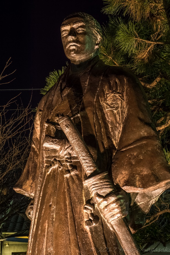 丸山公園の坂本龍馬之像