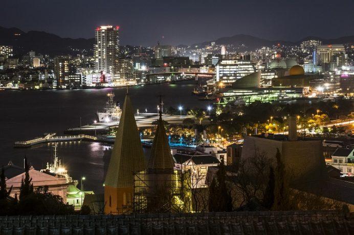 南山手レストハウス(旧清水氏住宅、南山手乙27番館)、長崎市、裏門からの長崎の夜景