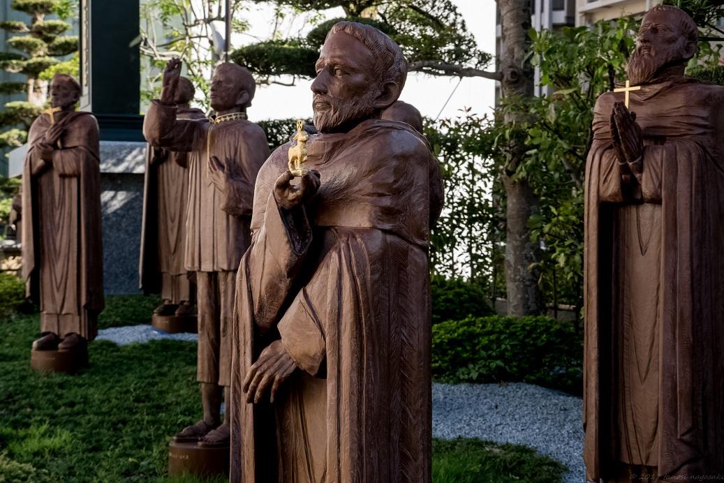 中町教会敷地内にある聖トマス西と15名の殉教者(長崎十六聖人)