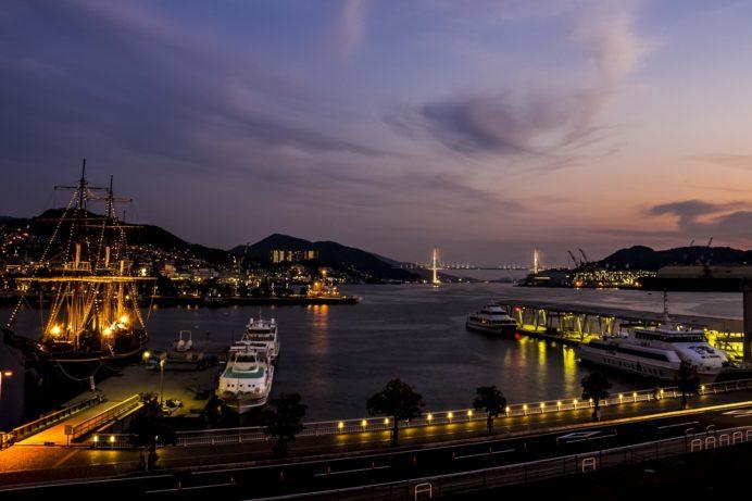 ゆめタウン夢彩都3Fテラスからの新世界三大夜景認定、長崎の夜景