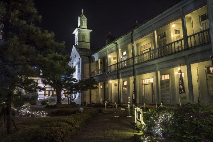 出島の夜間開園。旧出島神学校