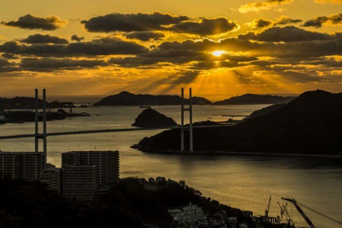 鍋冠山公園展望台からの長崎の夕景