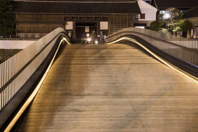 夜の出島表門橋