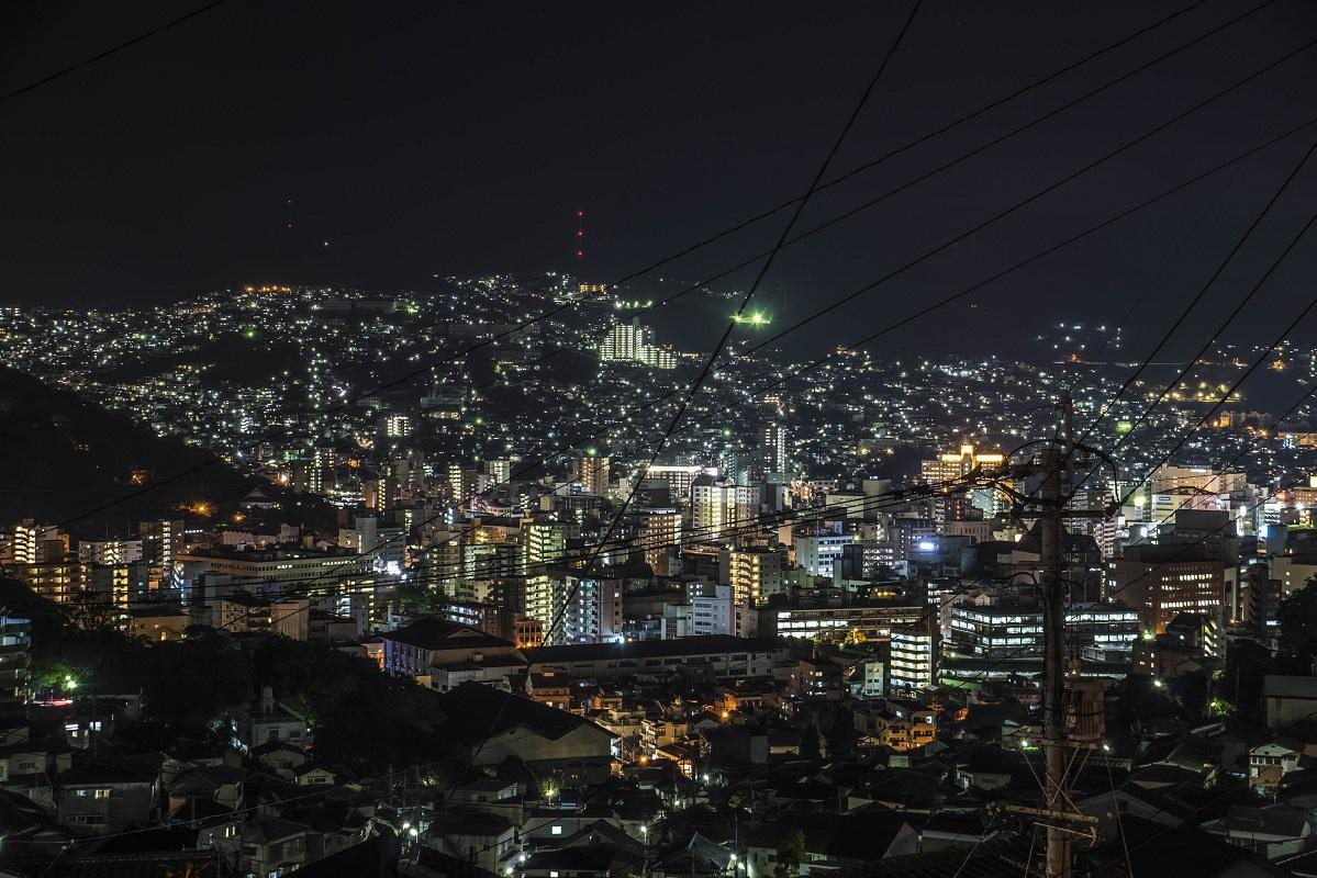 金比羅山入口バス停からの長崎の夜景
