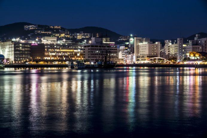 水辺の森公園からの新世界三大夜景認定の長崎の夜景