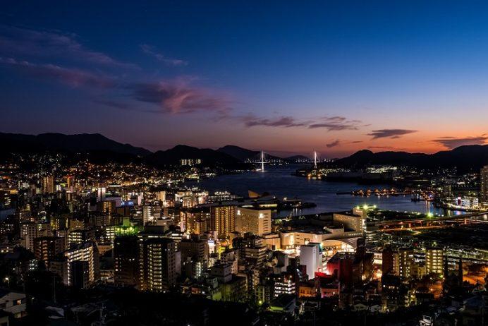立山からの新世界三大夜景認定の長崎の夜景