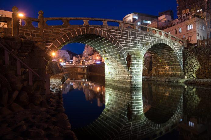 ライトアップされた長崎の眼鏡橋