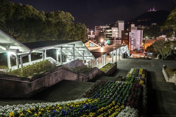 平和公園・願いのゾーン入口からの夜景