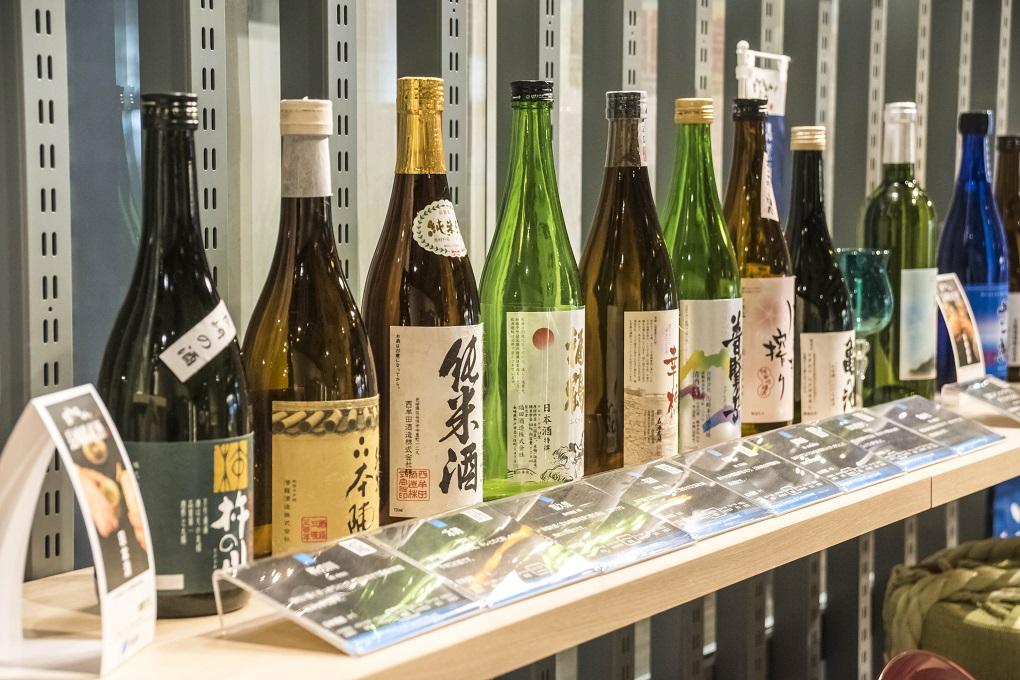 長崎県庁新庁舎の長崎県産品コーナー