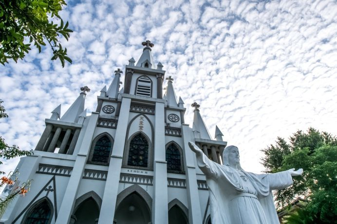 長崎・伊王島の馬込教会(沖之島教会)