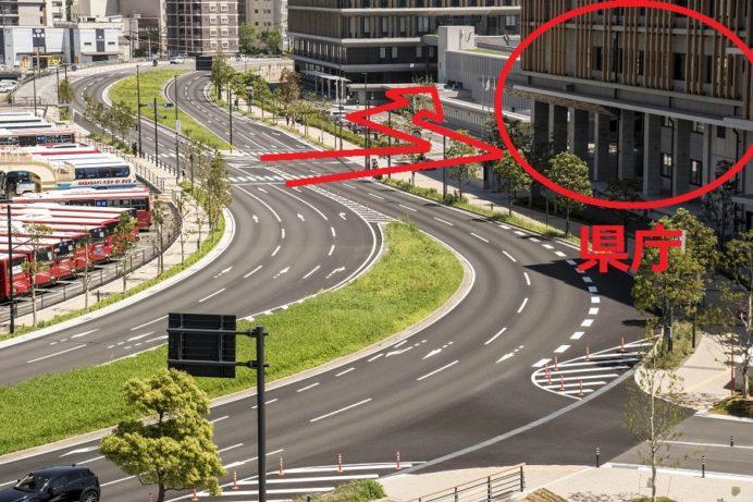 長崎県庁駐車場の入口