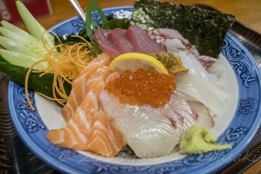 『萬福の海鮮丼』~【魚市場直送】のピッチピチ刺身のせ!(長崎県平戸)