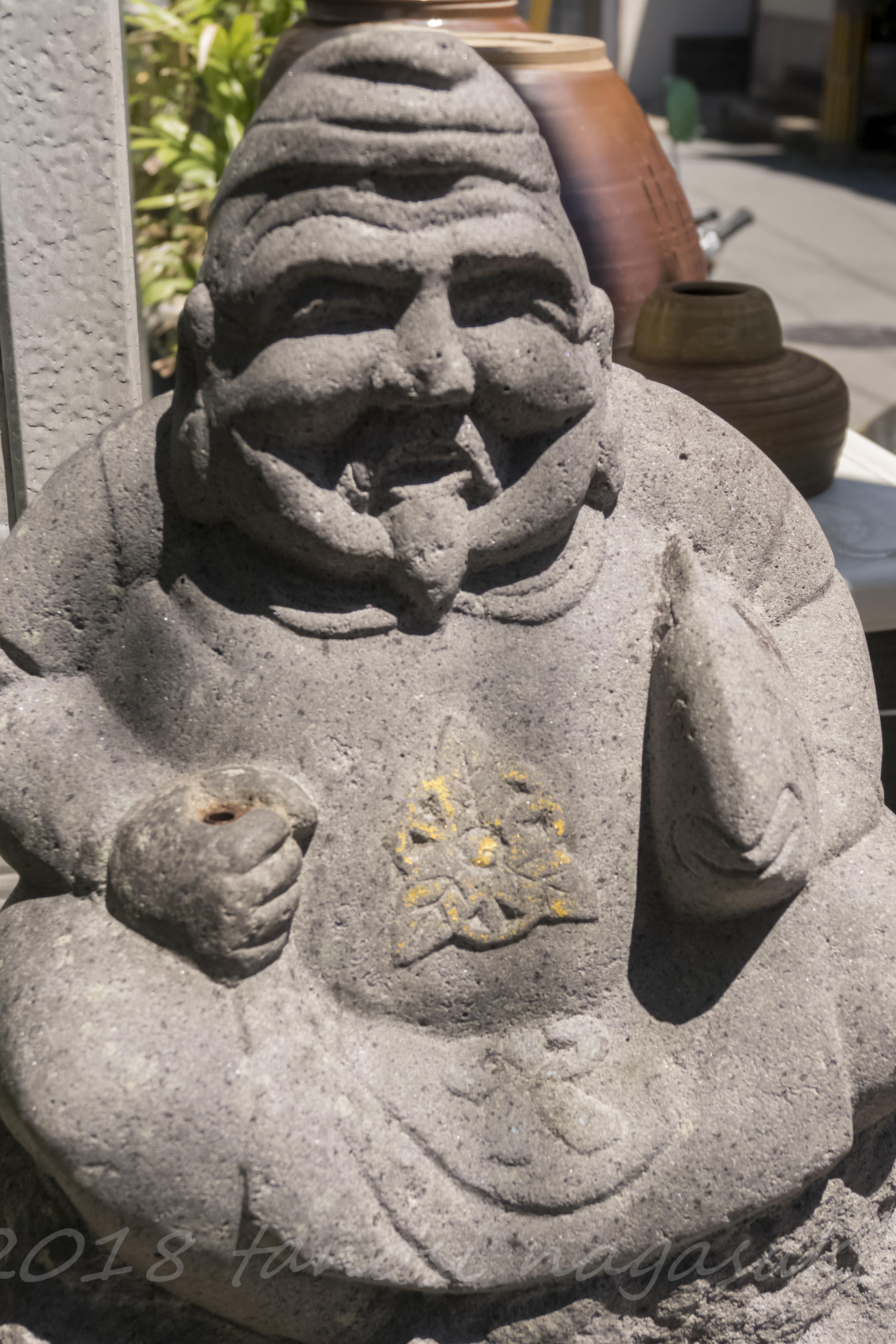 長崎市式見の食堂いぶのえびす像
