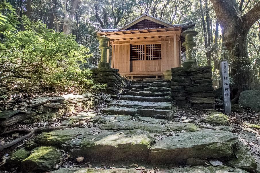 かくれキリシタンのサン・ジワン枯松神社(長崎県長崎市下黒崎町)