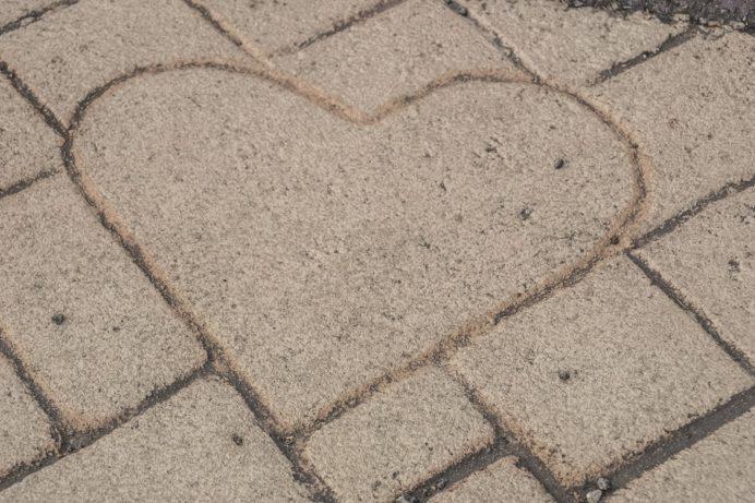 稲佐山山頂展望台のハートストーン稲佐山山頂展望台のハートストーン(ハートの石)