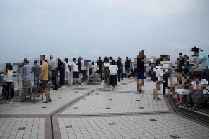 稲佐山展望台からの花火(ながさきみなとまつり)での人出