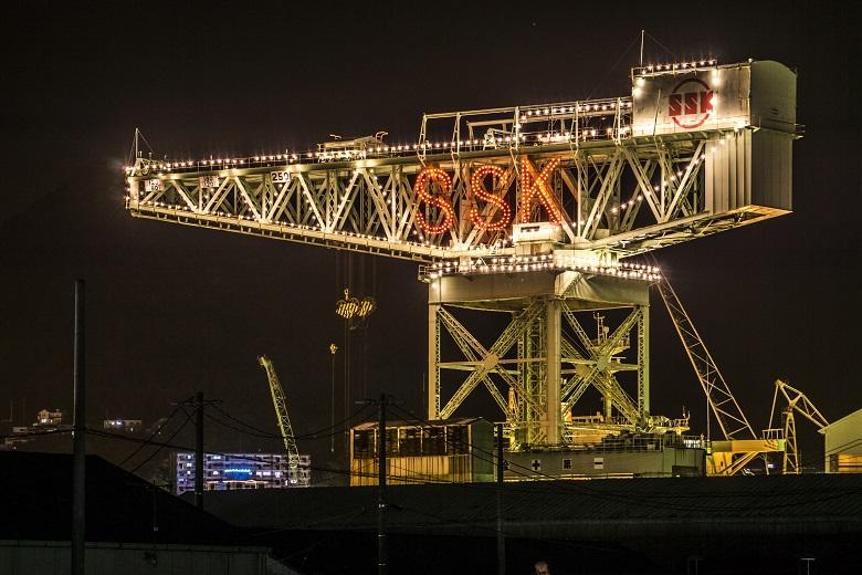 佐世保重工業(SSK)の250トンクレーンの冬のイルミネーション(きらきらフェスティバル)