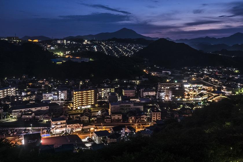 「中尾城公園の夜景」(長与町吉無田郷)~【スーパー穴場発見!】美しさはLevel3