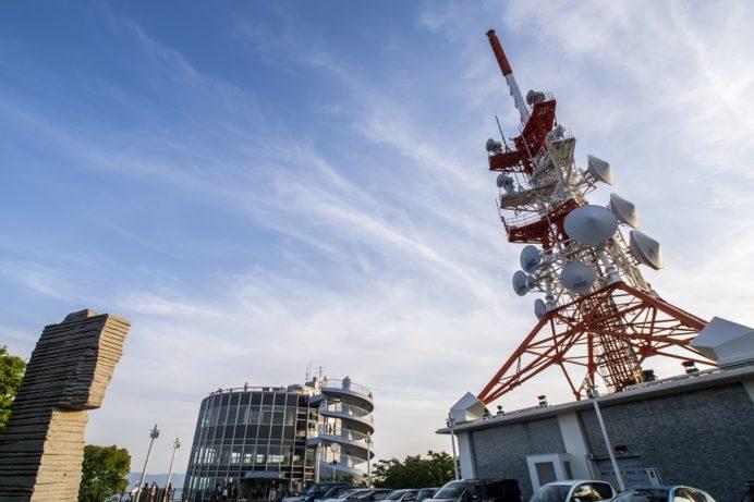 稲佐山展望台とテレビ塔