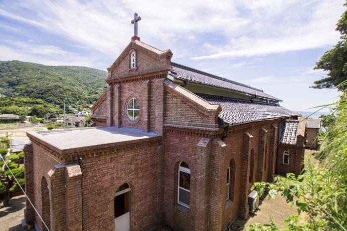 福見教会 (長崎県南松浦郡新上五島町岩瀬浦郷29)