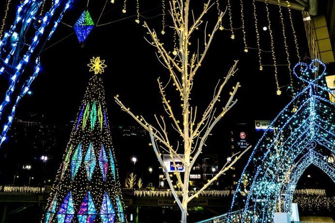 JR長崎駅かもめ広場のイルミネーション「ナガサキ☆テラス」