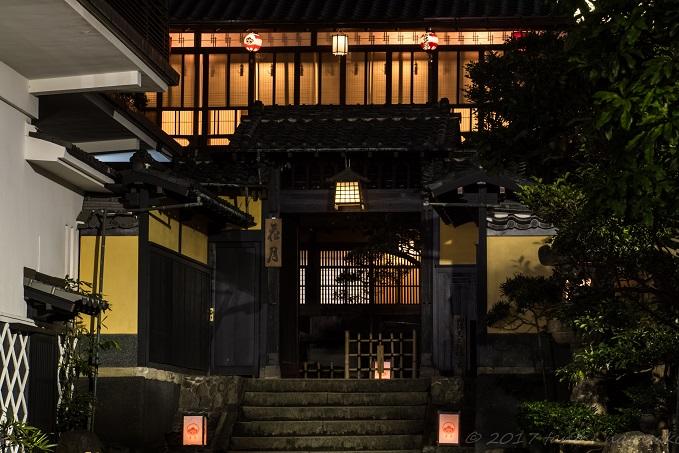 夜の料亭 花月(長崎市丸山町)
