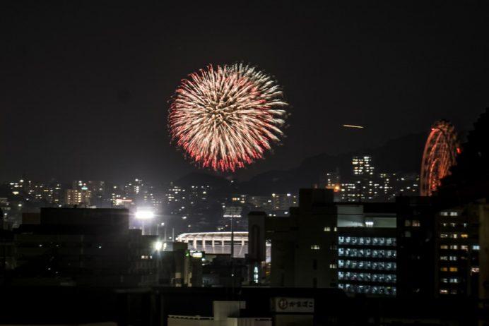 長崎県庁展望台とっとっと祭り花火大会での取材