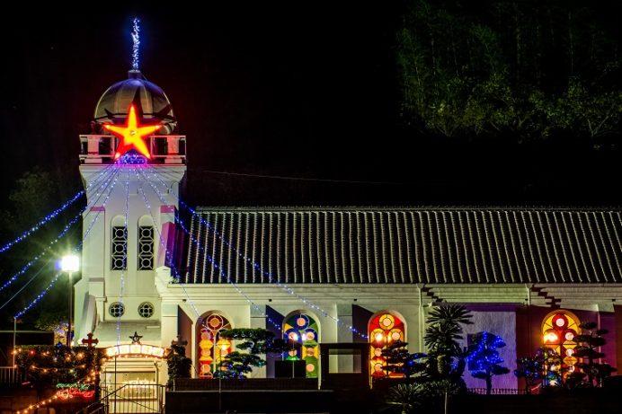 神ノ島教会 (長崎市神ノ島町) のクリスマスイルミネーション