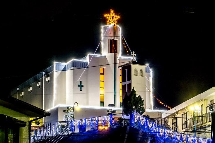 木鉢教会 (小瀬戸町)のクリスマスイルミネーション
