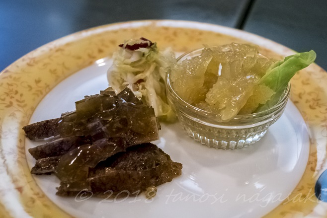 江山楼の3000円コース(ホームランセット)の前菜