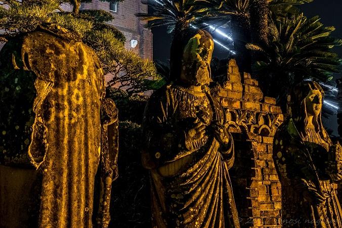 浦上天主堂の被爆聖像群