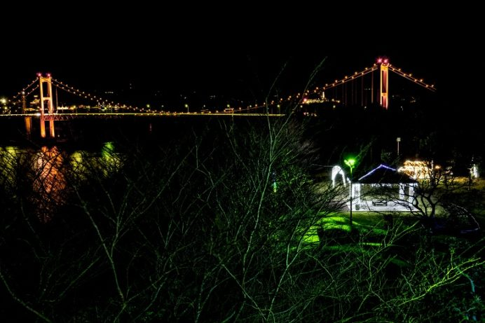 平戸大橋のライトアップ(田平公園展望台)