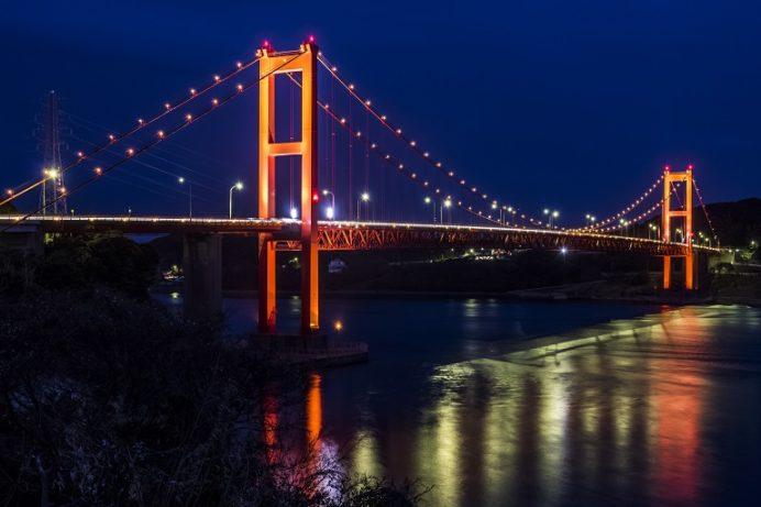平戸大橋のライトアップ