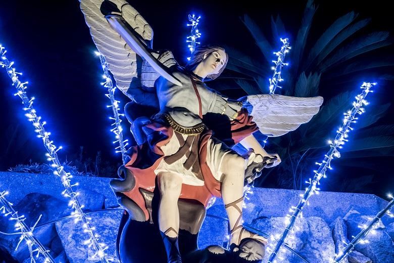 青砂ヶ浦天主堂(長崎県上五島町)のクリスマスイルミネーション