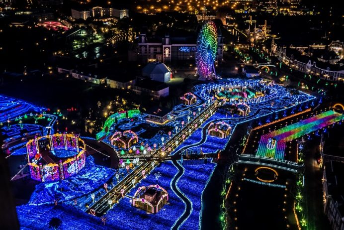 ハウステンボス(長崎県佐世保市)のイルミネーション「光の王国」