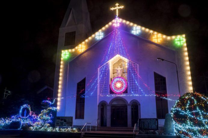 福江教会のクリスマスイルミネーション(五島市福江島)