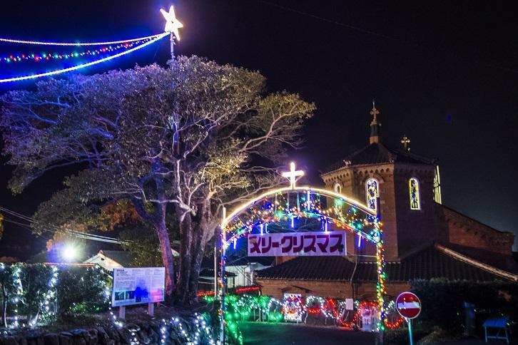 田平天主堂のクリスマスイルミネーション(平戸市田平町)