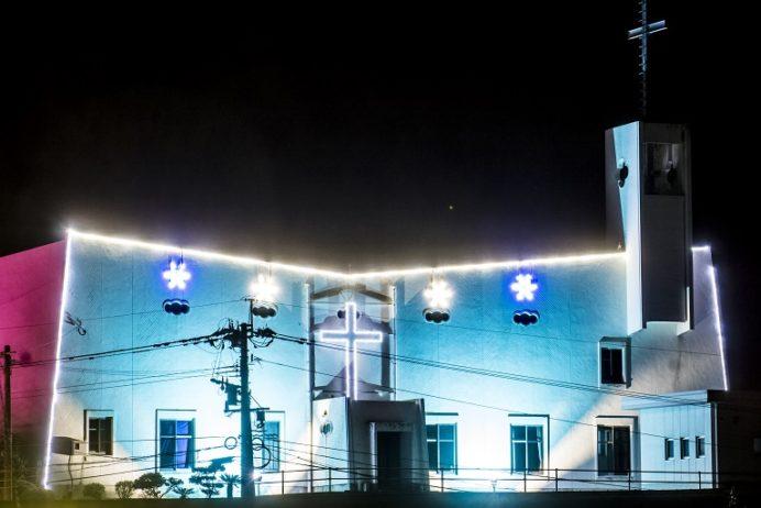 浦頭教会のクリスマスイルミネーション(五島市福江島)