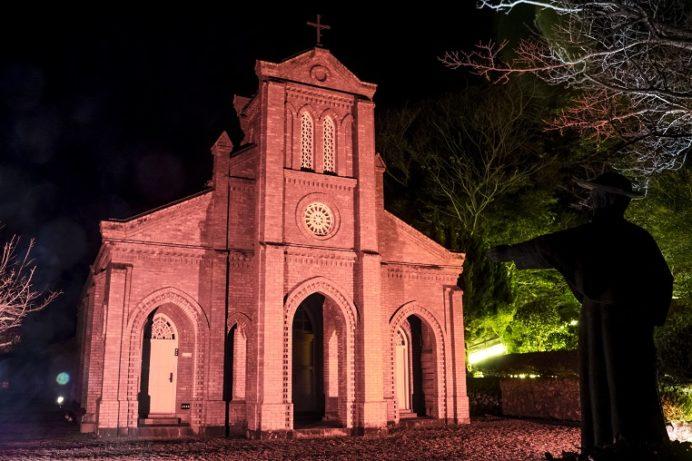 堂崎教会のライトアップ(五島市福江島)
