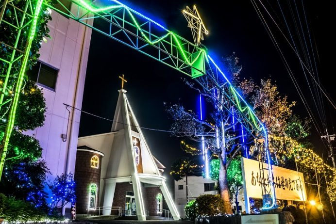 俵町教会 (佐世保市俵町22-12)のクリスマスイルミネーション