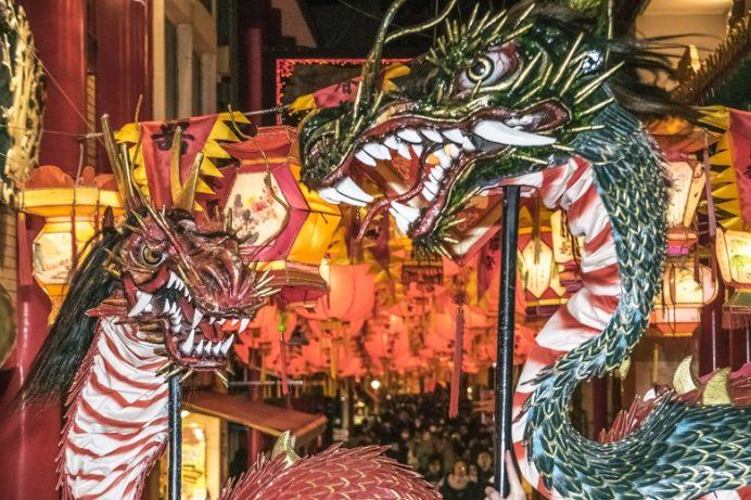 長崎ランタンフェスティバル(新地中華街の龍踊り)