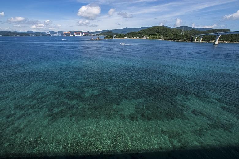 伊王島大橋(長崎市香焼町と伊王島を結ぶ)からの絶景