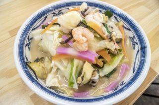 元祖海鮮ちゃんぽん(平戸・日本最西端の駅)【さざえスープ炸裂!】
