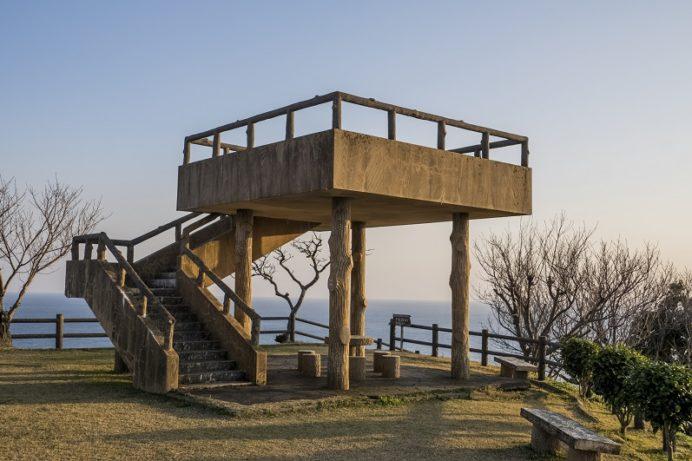 樺島灯台公園(長崎市野母崎地区)の展望台