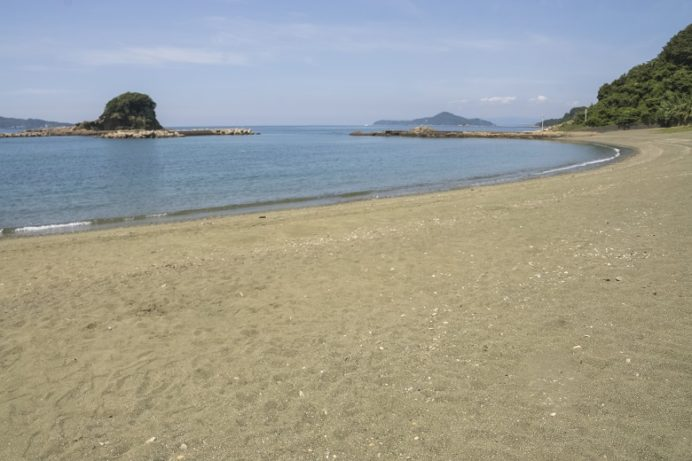 岳路(たけろ)海水浴場(長崎市野母崎地区)