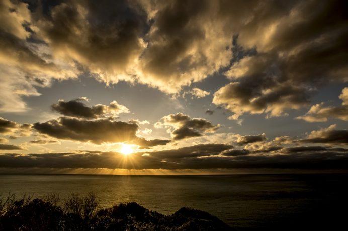 樺島灯台公園(長崎市野母崎地区)の夕日