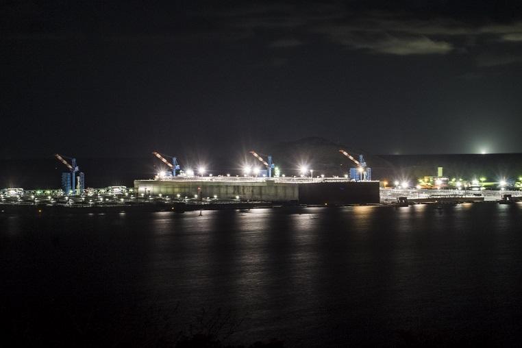 上五島石油備蓄基地(跡次教会より撮影)