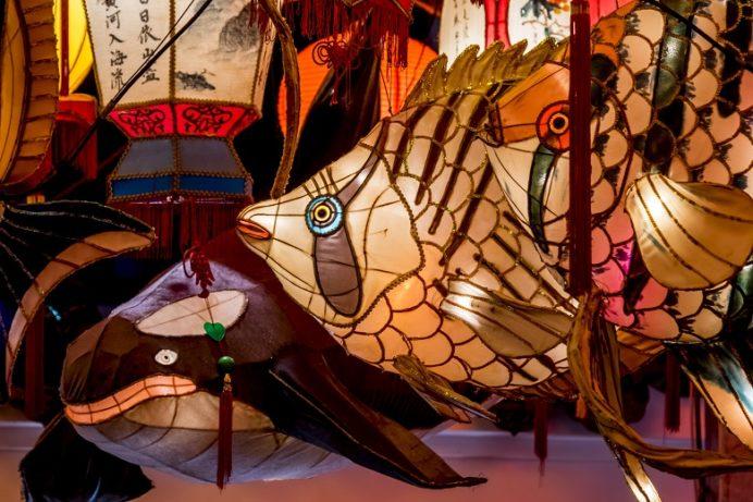 長崎ランタンフェスティバル(湊公園・新地中華街)の金魚オブジェ