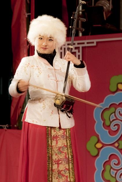 長崎ランタンフェスティバル(二胡演奏、Sissi-ji、李文馨)
