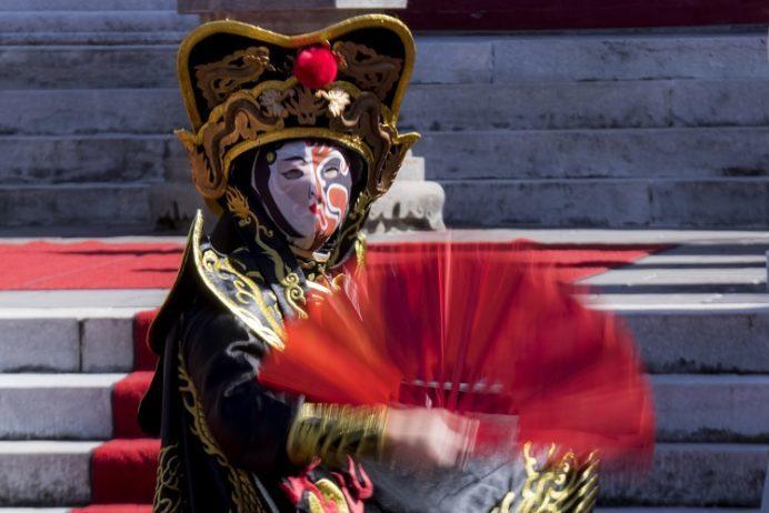 長崎ランタンフェスティバル(孔子廟での中国変面ショー)